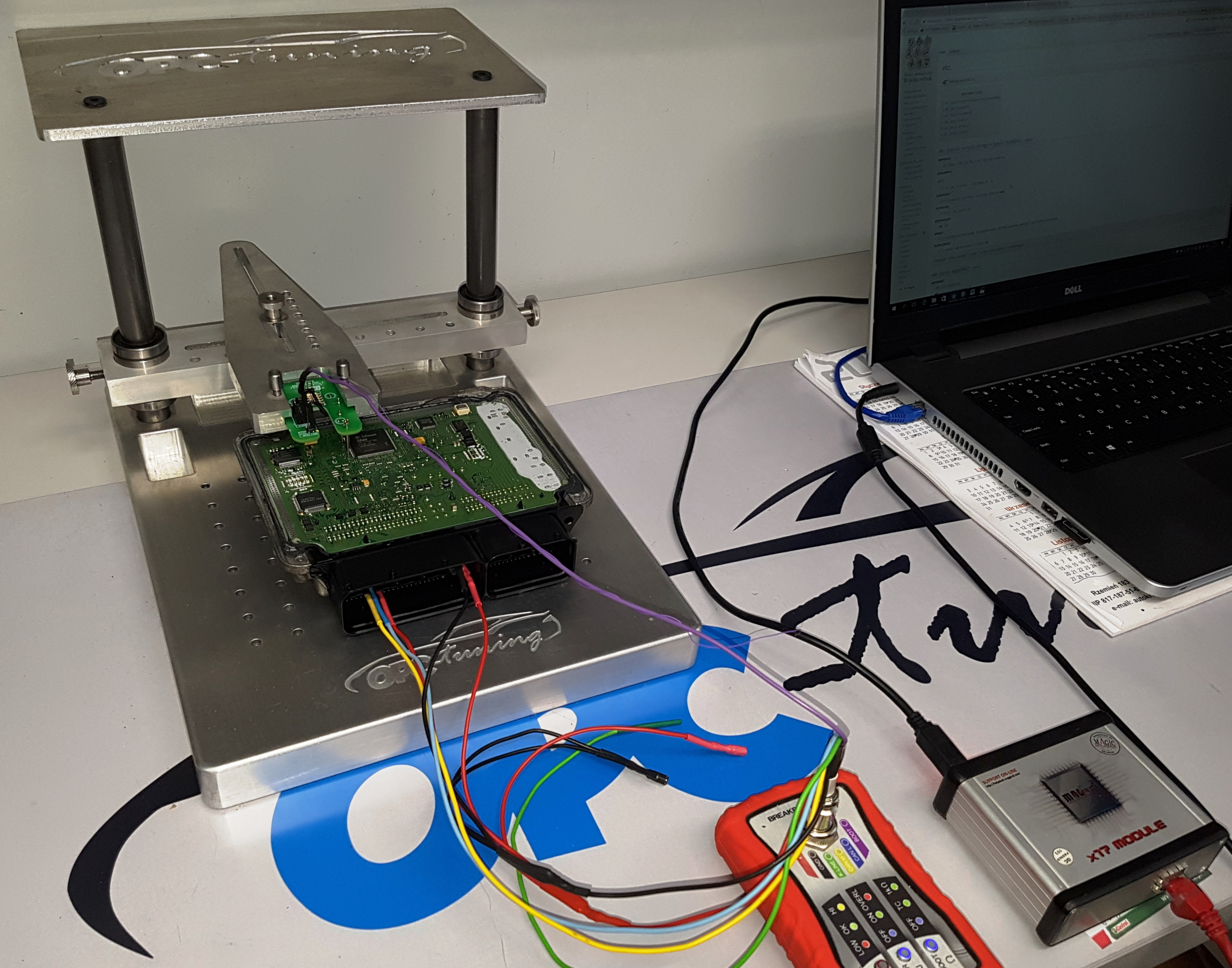 Sterownik edc17c46 podczas programowania